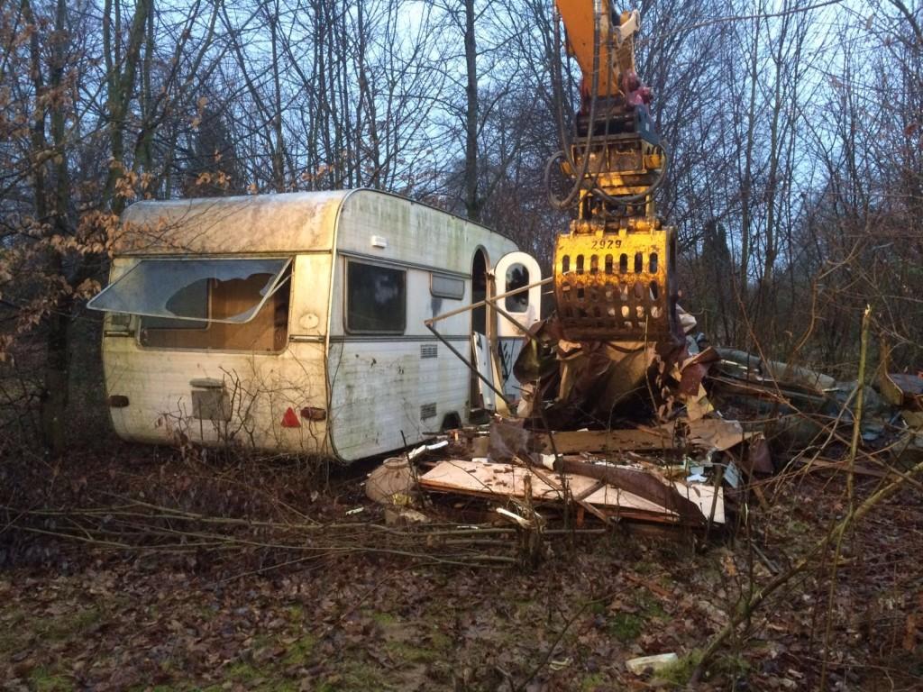 Klosterpark Adelberg erste Aufräumarbeiten auf ehemaligem Campingplatz